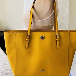$370 Yellow Coach Tote Purse New Leather